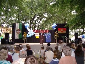 Bühne am Dorffest in Nagyvenyim